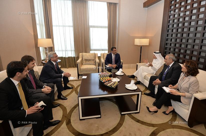 Президент Армении Серж Саргсян встретился с исполнительным директором компании Qatar Airways Акбаром Аль Бакром