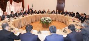 Meeting between Armenian Minister of Agriculture Ignati Arakelyan and Iranian Agriculture Jihad Minister Mahmoud Hojjati