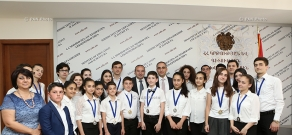 Minister of education Levon Mkrtchyan  rewards  participants of 12th Youth Delphic Games of CIS member states
