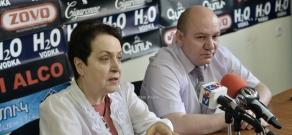 Press conference of economist Vilen Khachatryan and  'Against Legal Arbitrariness' NGO Chairman Larisa Alaverdyan