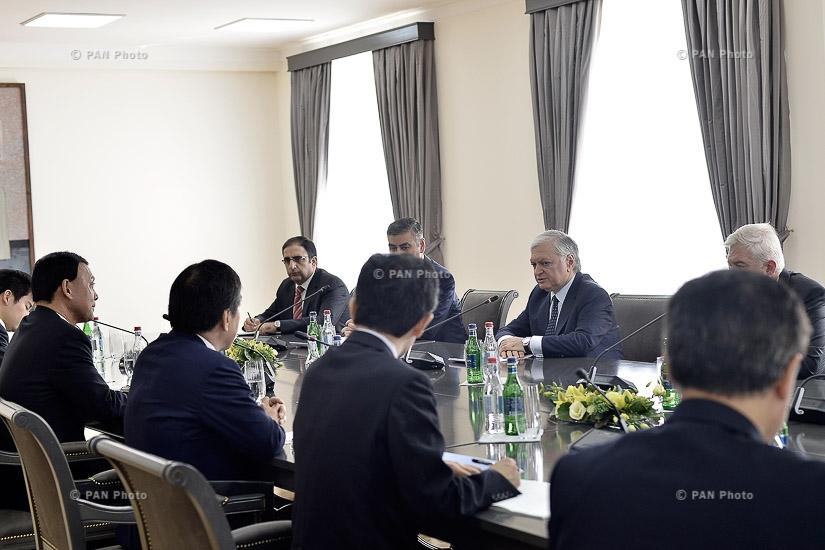 ՀՀ ԱԳ նախարար Էդվարդ Նալբանդյանի և Ճապոնիայի խորհրդարանական ԱԳ նախարարի տեղակալ Մոտոմե Տակիսավայի հանդիպումը