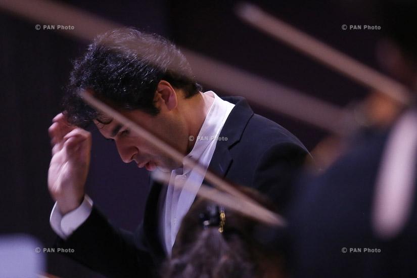 В Ереване состоялся концерт Молодежного оркестра Армении