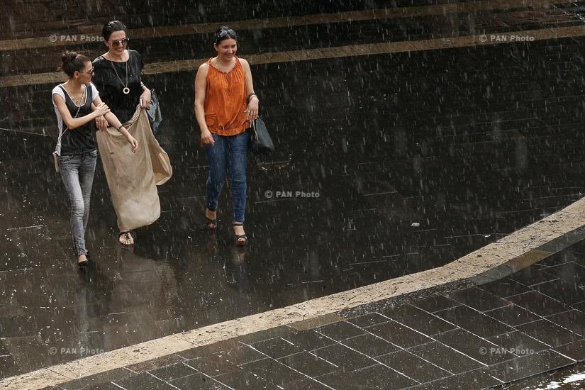 Июльский дождь в Ереване