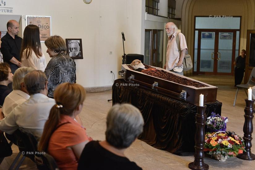 Церемония прощания со скульптором Арташесом Овсепяном
