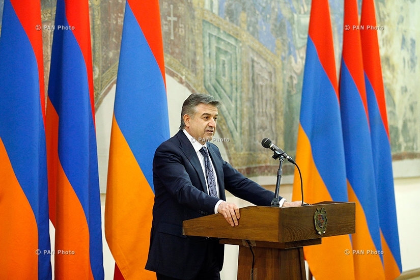 Prime Minister Karen Karapetyan hands high State awards on 26th anniv. of Armenia's Independence
