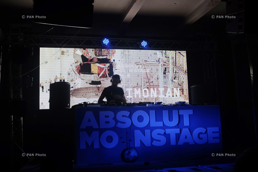 Absolut Moon Stage