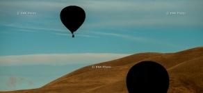Օդապարիկների թռիչքներ՝ Երևանում և Գառնիում