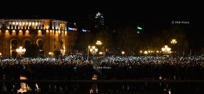 Սերժ Սարգսյանի վարչապետության դեմ հանրահավաք Հանրապետության հրապարակում