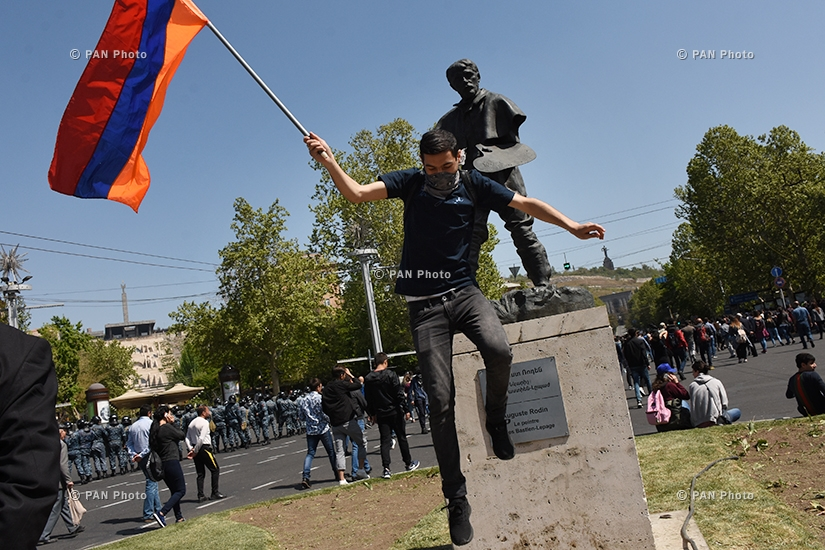 Protest against Armenia's ex-president Serzh Sargsyan's appointment as prime minister in Yerevan: Day 6