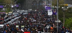 Акция протеста против премьерства Сержа Саргсяна на улицах Еревана: День 8