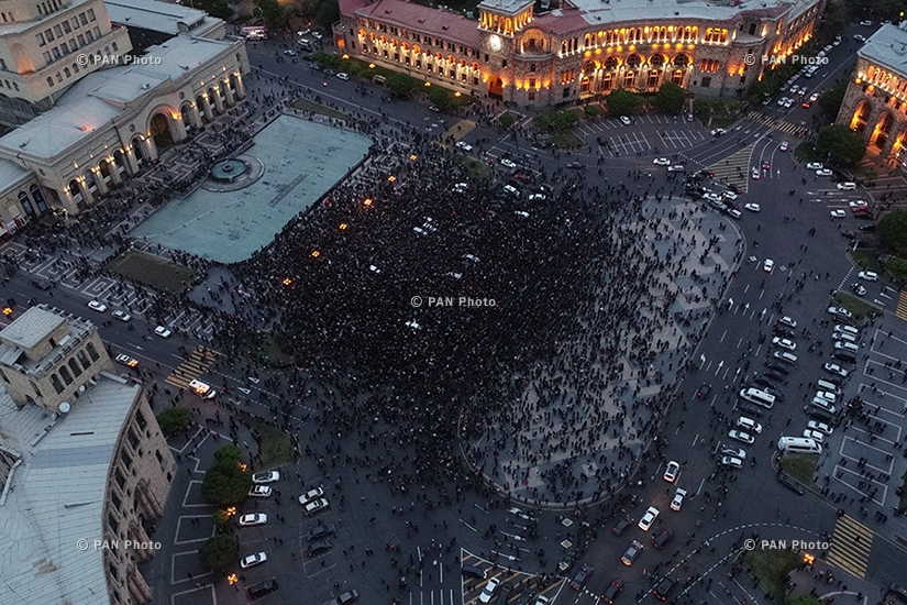 Rally against Armenia's ex-president Serzh Sargsyan's appointment as prime minister in Yerevan's Republic square. Day 8