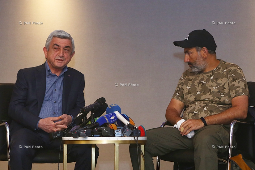Meeting of Armenian Prime Minister Serzh Sargsyan and the opposition leader Nikol Pashinyan in Yerevan's Marriott hotel