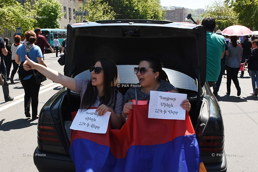 Civil campaign demanding the departure of ruling Republican Party of Armenia in Yerevan: Day 12