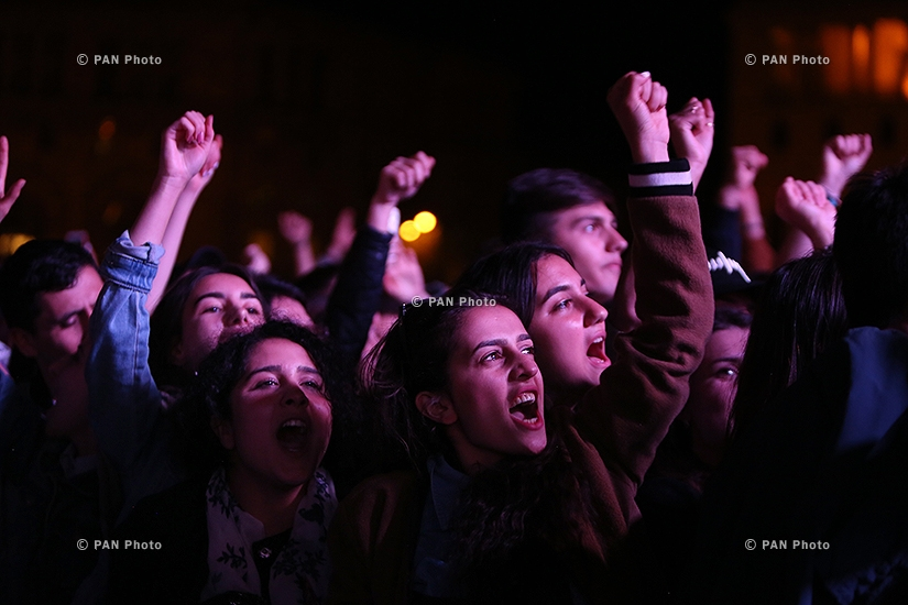 Armenia PM candidate Nikol Pashinyan and a crowd of excited supporters welcome SOAD frontman, rock musician Serj Tankian at Yerevan's Republic Square