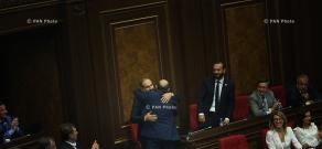 Специальное заседание Парламента Армении, в повестке которого были выборы премьер-министра страны
