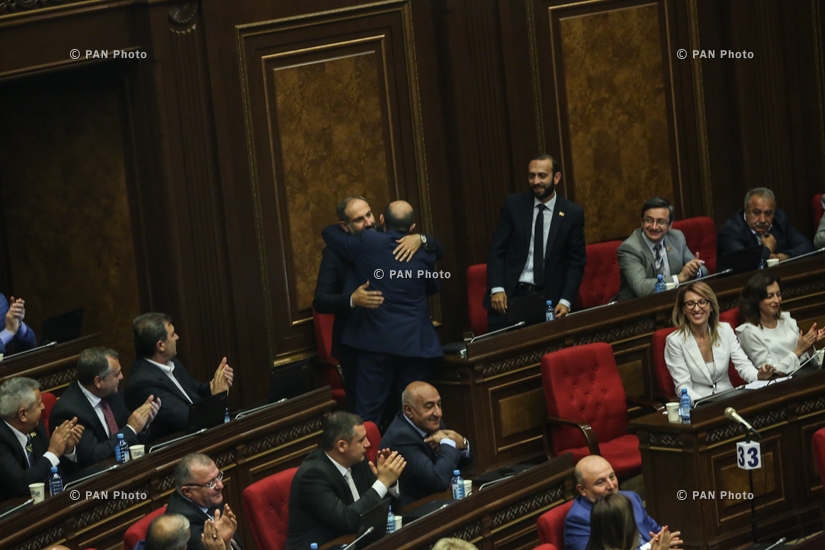 Yelk lawmaker Edmon Marukyan congratulates Nikol Pashinyan who was elected Armenia's 16th Prime Minister at a special parliament sitting, 08.05.18