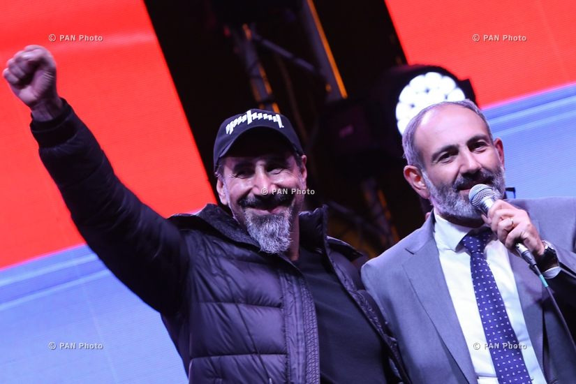 "System Of A Down frontman Serj Tankian who had arrived in Yerevan to support the ""velvet revolution,"" 07.05.18"