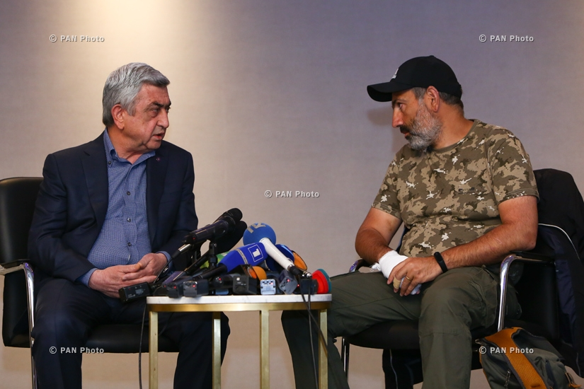 Negotiations in front of the media between newly-elected Prime Minister Serzh Sargsyan and Nikol Pashinyan lasted 170 seconds overall as the former rejected the latter's agenda, 22.04.18