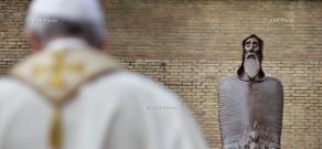 Սուրբ Աթոռում (Վատիկանում) «Տիեզերական եկեղեցու վարդապետ» հռչակված Սբ Գրիգոր Նարեկացու արձանի բացման արարողությունը