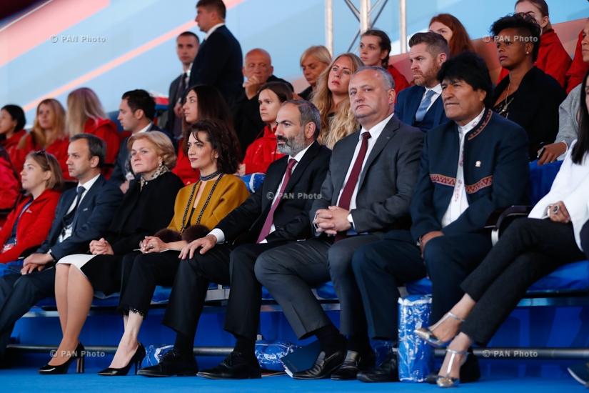 Վարչապետ Նիկոլ Փաշինյանը Կարմիր հրապարակում ներկա է եղել ֆուտբոլի Աշխարհի առաջնությանը նվիրված գալա-համերգին