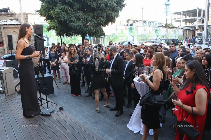 Երևանում բացվել է միջերկրական հայկական խոհանոցը ներկայացնող «Մայրիկ» ռեստորանը