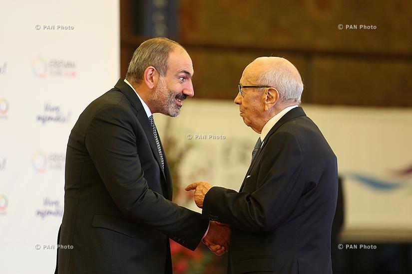 Nikol Pashinyan, Beji Caid Essebsi