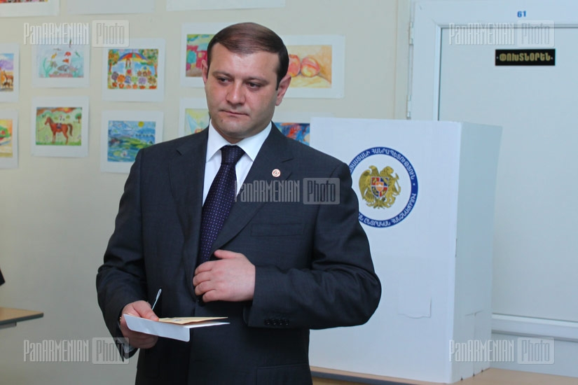 Parliamentary elections: Yerevan mayor Taron Margaryan