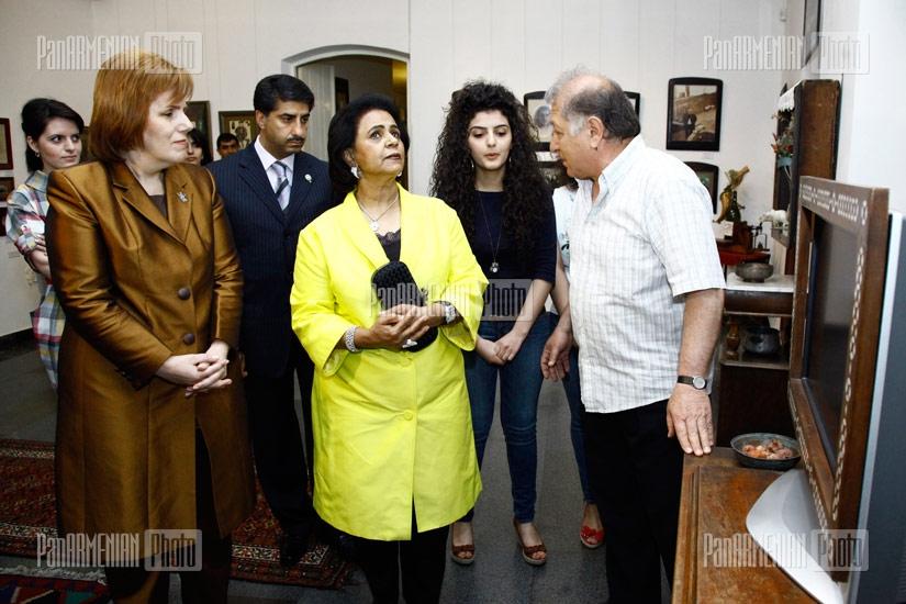 Sheikha Fariha al-Ahmad al-Jaber al-Sabah of Kuwait visits S.Parajanov