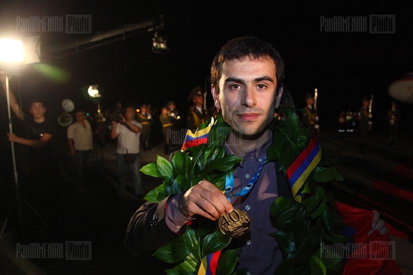 Շախմատի օլիմպիական չեմպիոն` Հայաստանի հավաքականի դիմավորումը