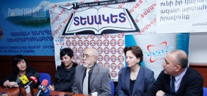 Press conference concerning aid to Syrian-Armenians