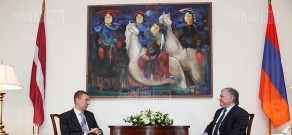 Meeting between Armenian and Latvian Foreign Ministers
