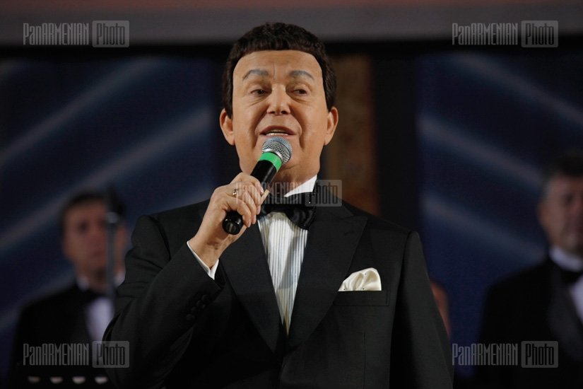 Joseph Kobzon in Yerevan. Concert and backstage