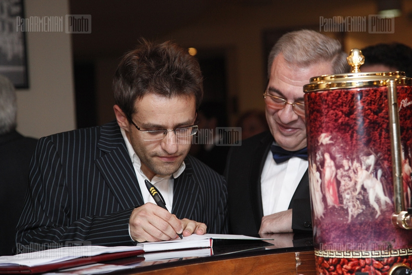 Presentation of a book dedicated to Levon Aronian