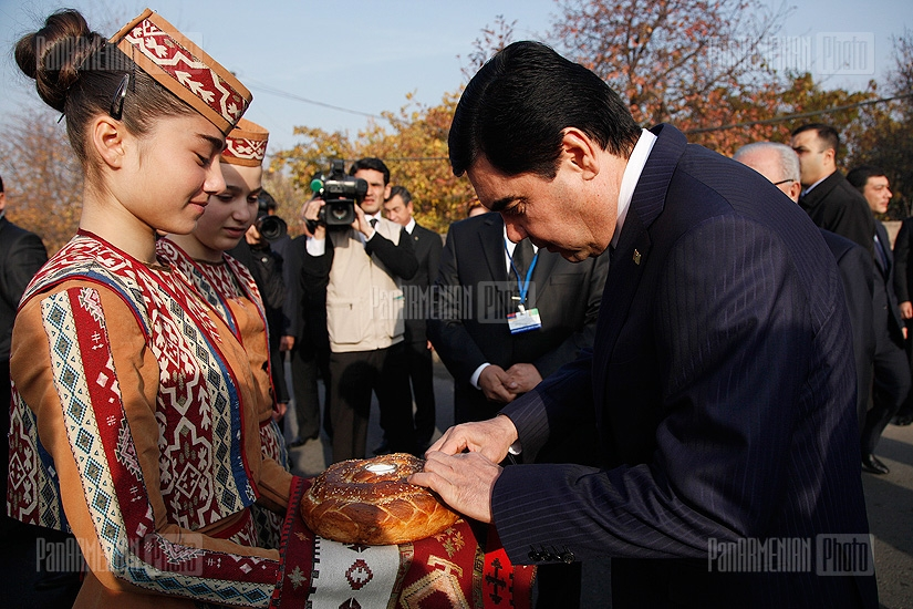 President of Turkmenistan Gurbanguly Berdimuhamedov visits a Turkmenistanian monument situated in Argavand