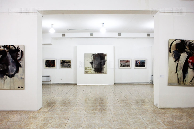 Exposition of painter Kamo Nigaryan's works