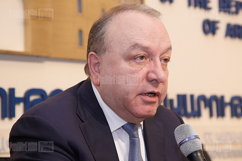 Press conference of  Minister of Health Derenik Doumanyan
