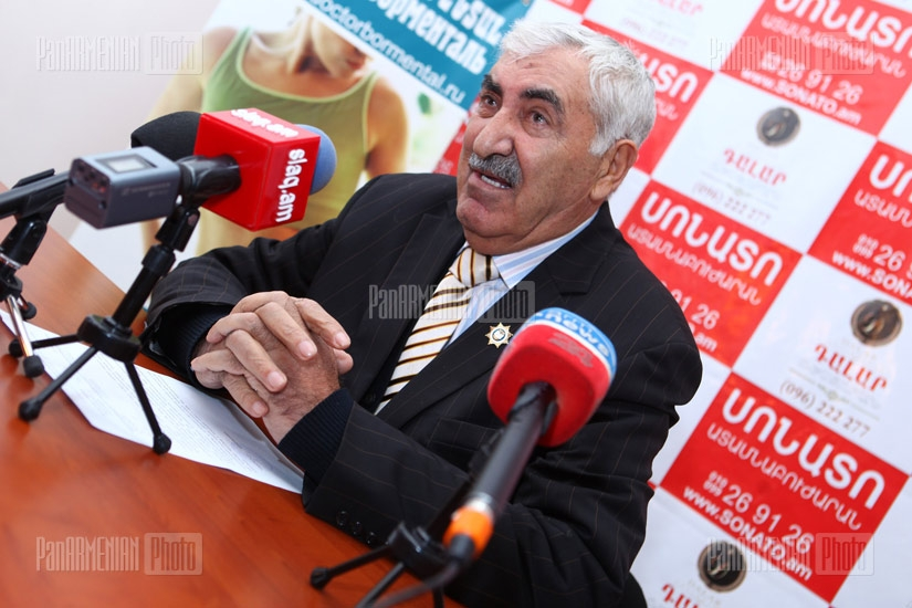 Press conference of the President of the National Union of Yezidi in Armenia Aziz Tamoyan