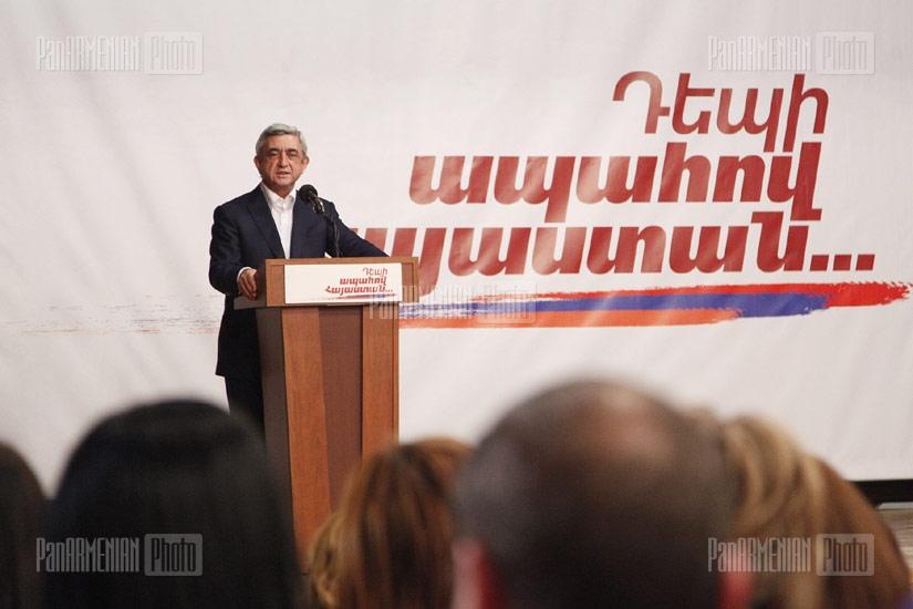 RA President Serzh Sargsyan's meeting with residents of Davitashen district