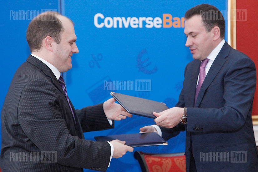Converse Bank and the European Bank for Reconstruction and Development (EBRD) sign a loan agreement
