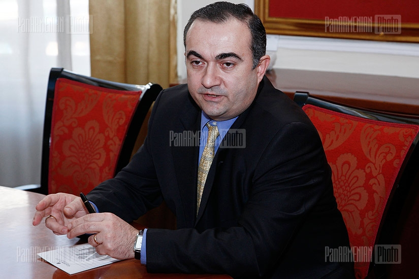 Press conference of Tevan Poghosyan