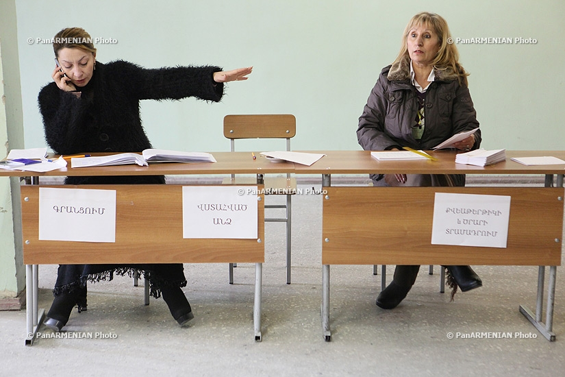 Confusion at polling station of Nor Nork Administrative District