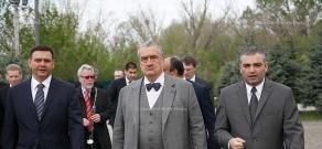 Minister of Foreign Affairs of the Czech Republic Karel Schwarzenberg visited Armenian Genocide memorial