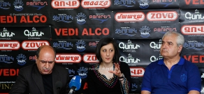 Press conference of Garnik Isagulyan and Azat Arshakyan