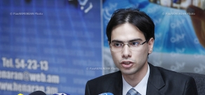 Chairman of the Electoral Systems Center NGO Vahram Vardanyan presented their research on election monitoring
