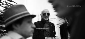 Famous chansonnier Charles Aznavour arrives in Yerevan