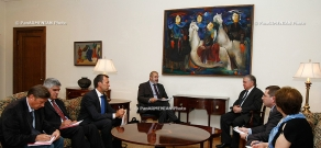 RA Minister of Foreign Affairs Edward Nalbandyan receives EU Special Representative Philippe Lefort