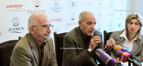 Press conference of the head of Architects' Union Mkrtich Minasyan and the  Director of ArmProject Institute Grigor Azizyan