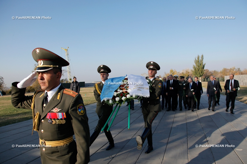 Delegation led by Greek National Defense Minister Dimitris Avramopoulos visits Armenian Genocide Memorial Tsitsernakabnerd
