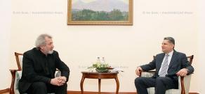 RA Govt. Prime minister Tigran Sargsyan receives Boris Eifman, People's Artist of Russia