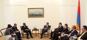 RA Govt. Prime minister Tigran Sargsyan receives Henry Kerali, the World Bank's Regional Director for the South Caucasus